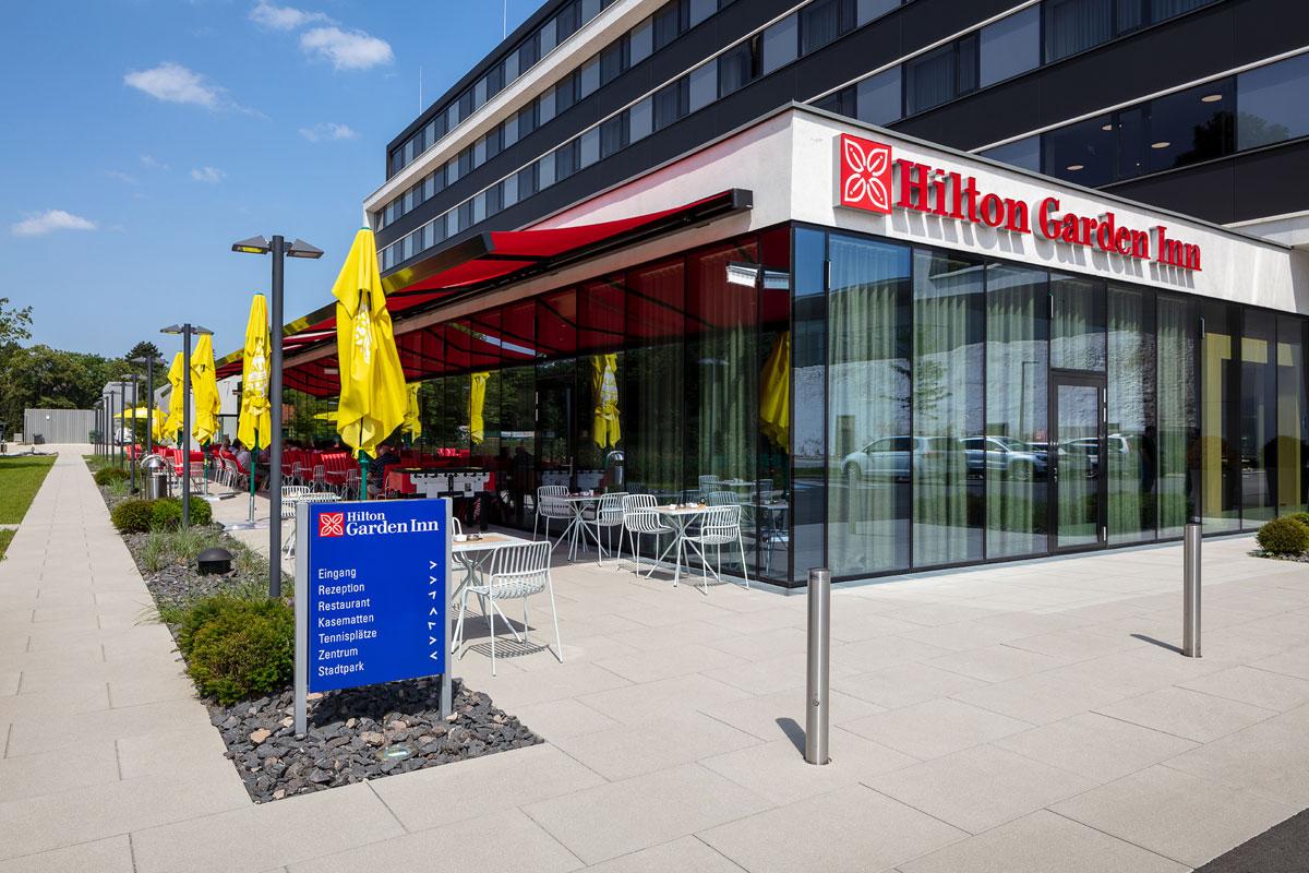 FRIEDL STEINWERKE: Gekonnte Formensprache - Außenräume gestalten