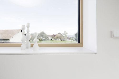 Neu bei helopal Innenfensterbänken: linea 140M Eichengrau