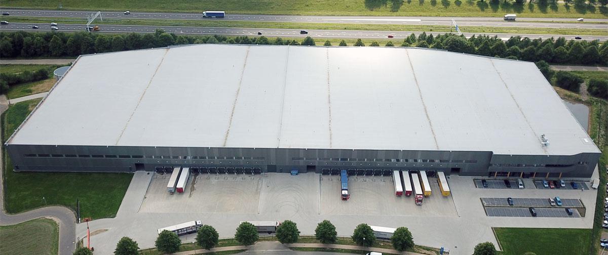 CARADON STELRAD: Neues europäisches Vertriebszentrum