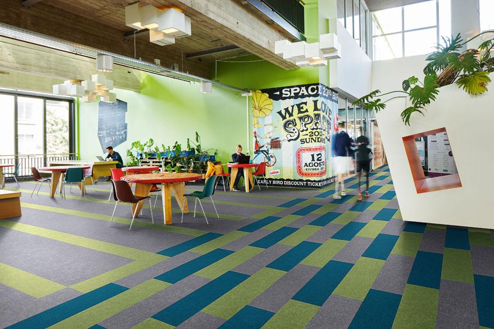 Flotex Colour, der leistungsstarke Textilboden von Forbo Flooring Austria