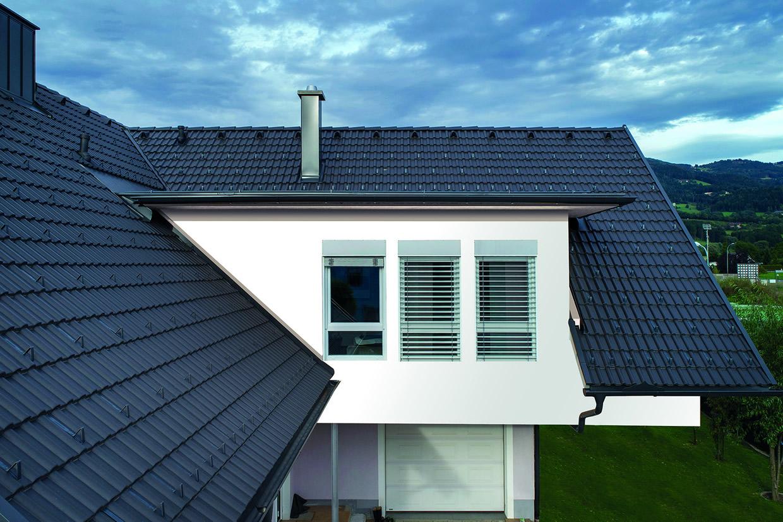 Mit dem AERLOX Classic von Bramac wird megastarker Dachkomfort himmlisch leicht.