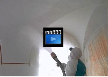 FRANNER: Verbesserte Raumakustik mit fugenlosem Akustik-Spritzputz