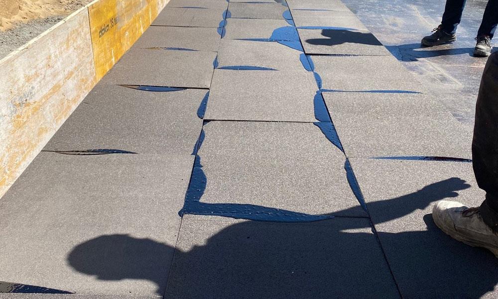 GLAPOR: Kunststofffreier Dämmstoff unter lastabtragenden Bodenplatten
