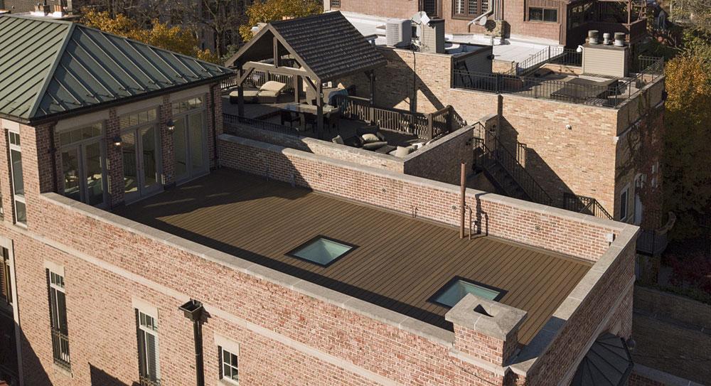 FAKRO: Begehbare Fenster für begehbare Dächer