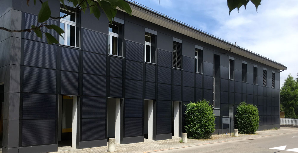 Photovoltaik Fassaden und Sonnengläser von UNI-Bausysteme