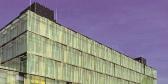 Spektakuläre Fassadenlösungen mit Aweso<sup>&reg</sup> Euroform EV 3000!
