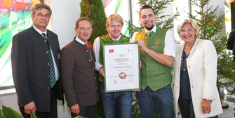 <br>HOLZREPARATUR: Auszeichnung für Holzausbesserungs-Systeme